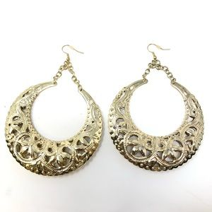 Jewelry - Large Round Gold Dangly Earrings